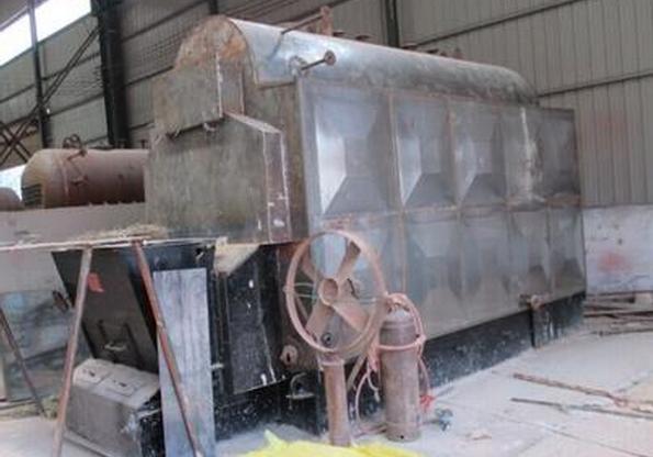 使用中的燃煤快装锅炉